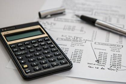 Arbeitsrechtliche Due Diligence, Rechner (calculator)