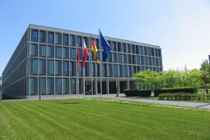 Bundesarbeitsgericht, Eingang, Beschluss zu VTV 2012 und VTV 2013