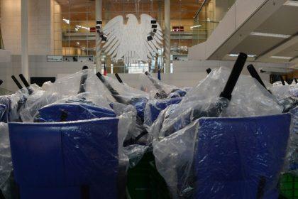 Plenarsaal Bundestag im Reichstagsgebäude, SOKA-Bau, das SokaSiG und die Politik.