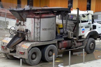 Gussasphaltkocher, Asphalttransport, Baumaschine, SoKa-Bau